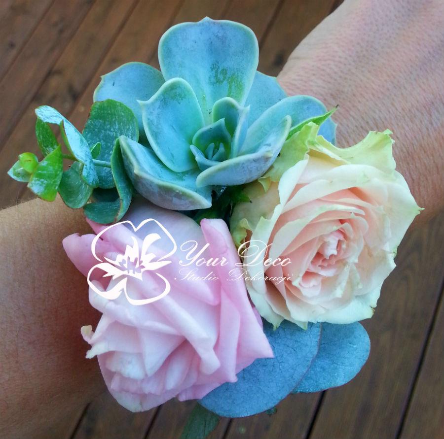 Bransoletka-kwiatowa1
