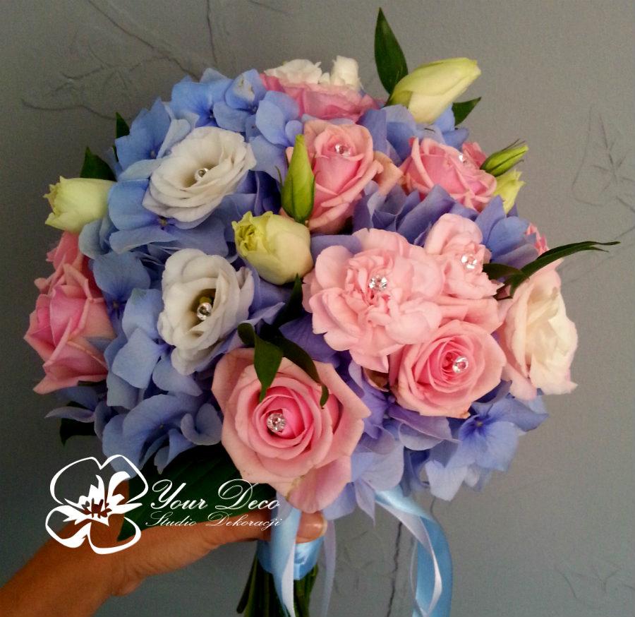 Bukiet-slubny-z-niebieska-hortensja
