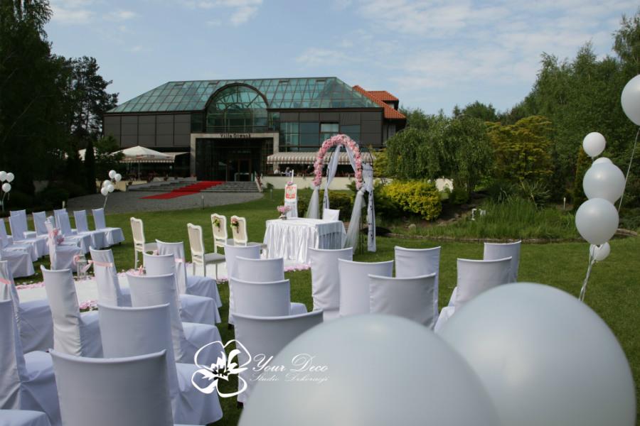 Dekoracja-ślubu-plenerowego (12)