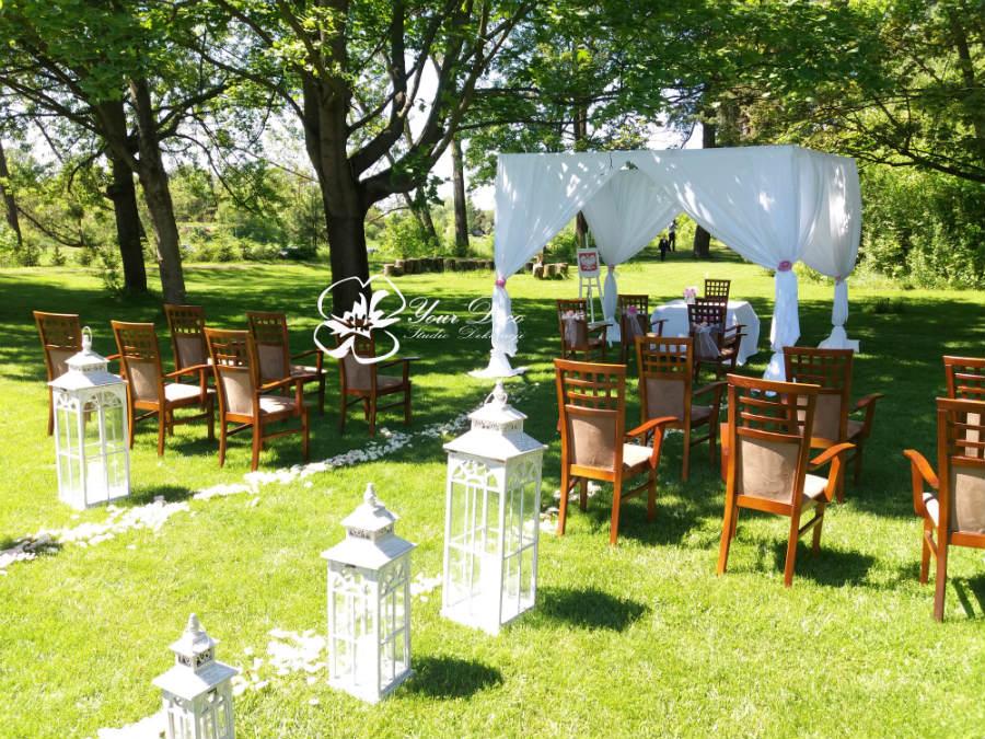 Dekoracja-ślubu-plenerowego (17)