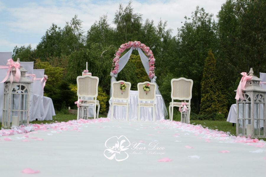 Dekoracja-ślubu-plenerowego (6)